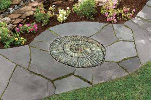 Как сделать мозаику из гальки в саду