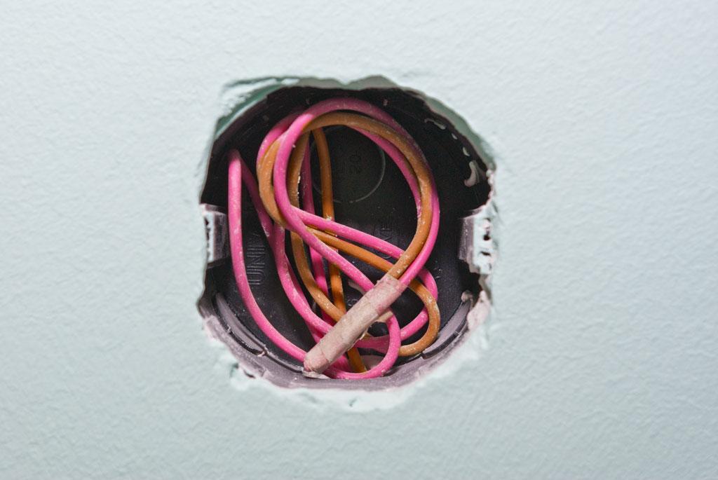 Проводка для подключения выключателя