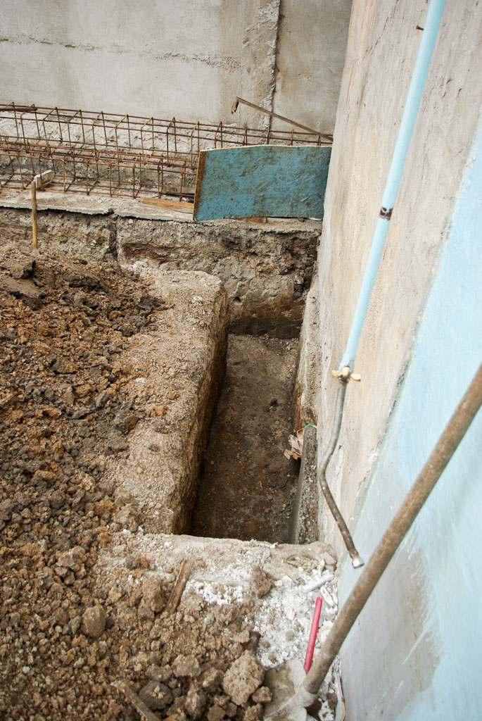 Как копать траншеи фундамент Заливка фундамента