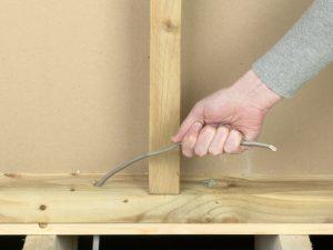 Как пропустить провода, кабель внутри деревянной стены