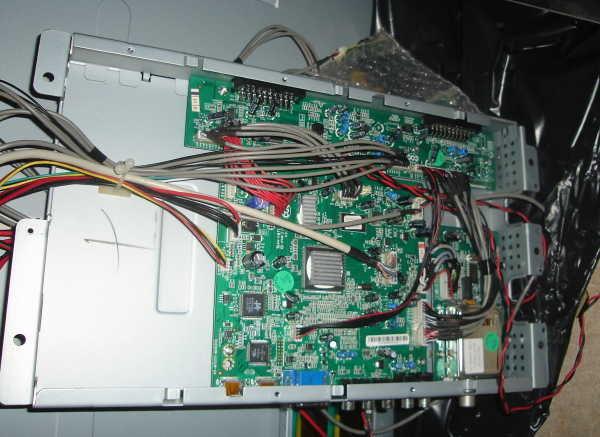 Как вмонтировать ЖК телевизор в стену