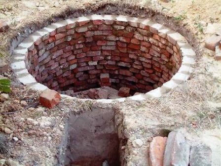 Сливная яма своими руками из подручных материалов