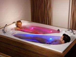 Креативная ванна в стиле Инь и Янь