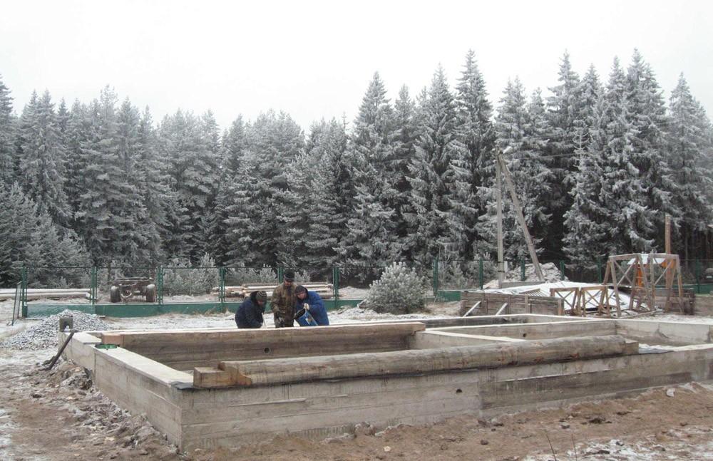Строительство дома зимой фундамент