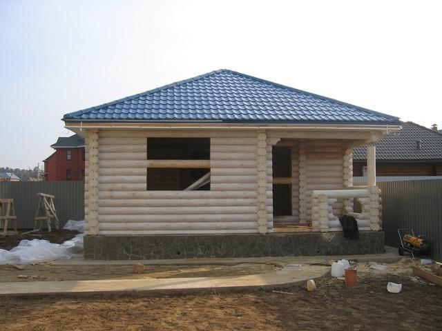 Шатровая крыша дома фото