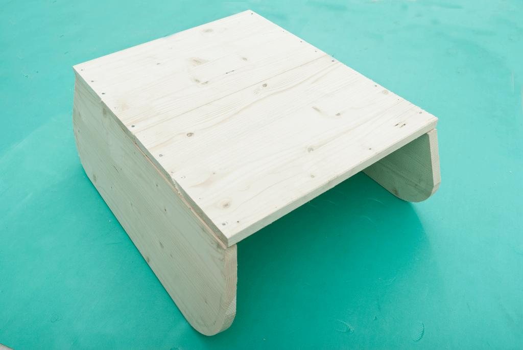 Сборка корпуса садовой тачки
