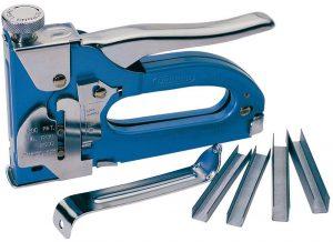 Как выбрать удобный в работе строительный степлер