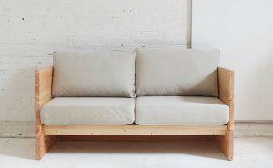 Простой диван из досок своими руками