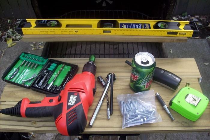 Инструмент для строительства алитки