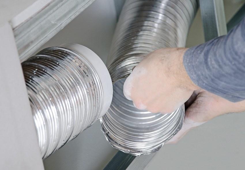 Монтаж вентиляционных труб