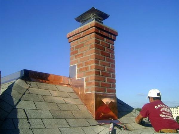Установка дымохода на крыше