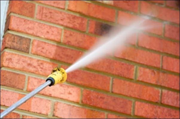 Промывка стен водой