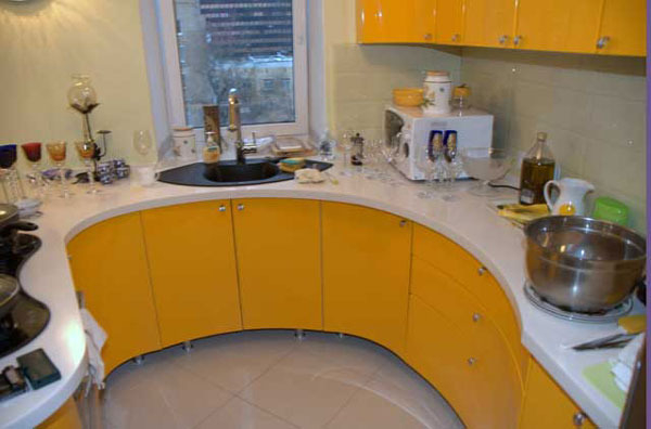 Перенос мойки на кухне к окну
