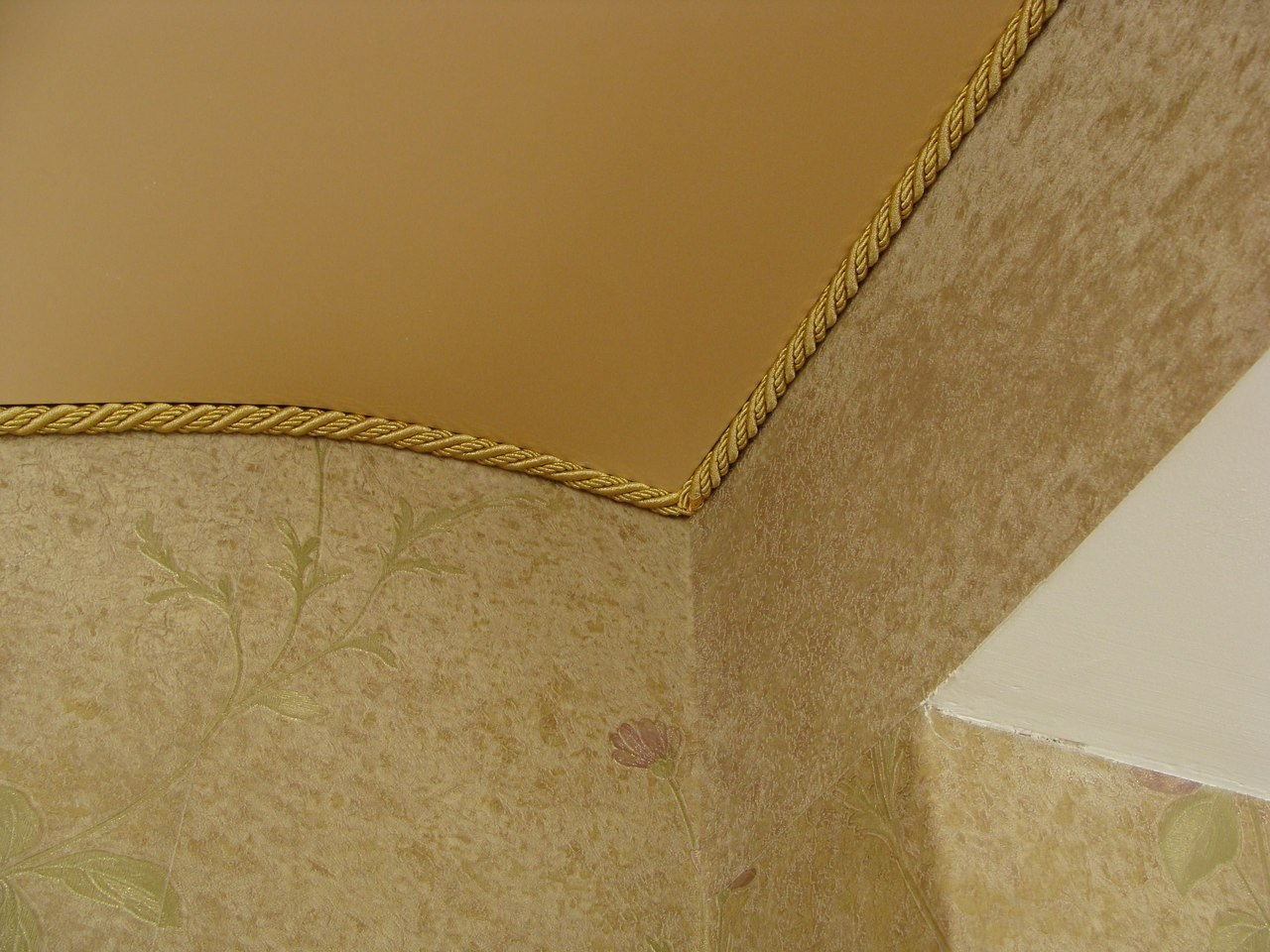 шнур декоративный для натяжных потолков