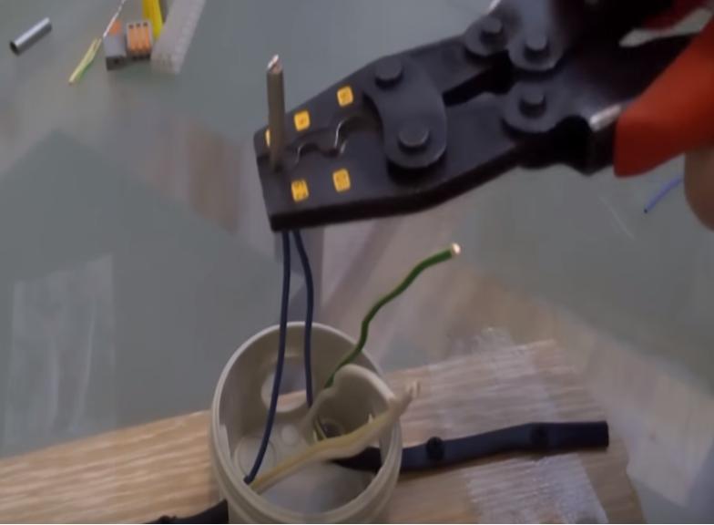 опрессовка соединения проводов