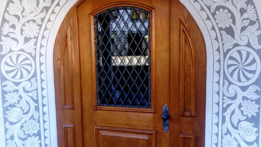 Параметры входных дверей