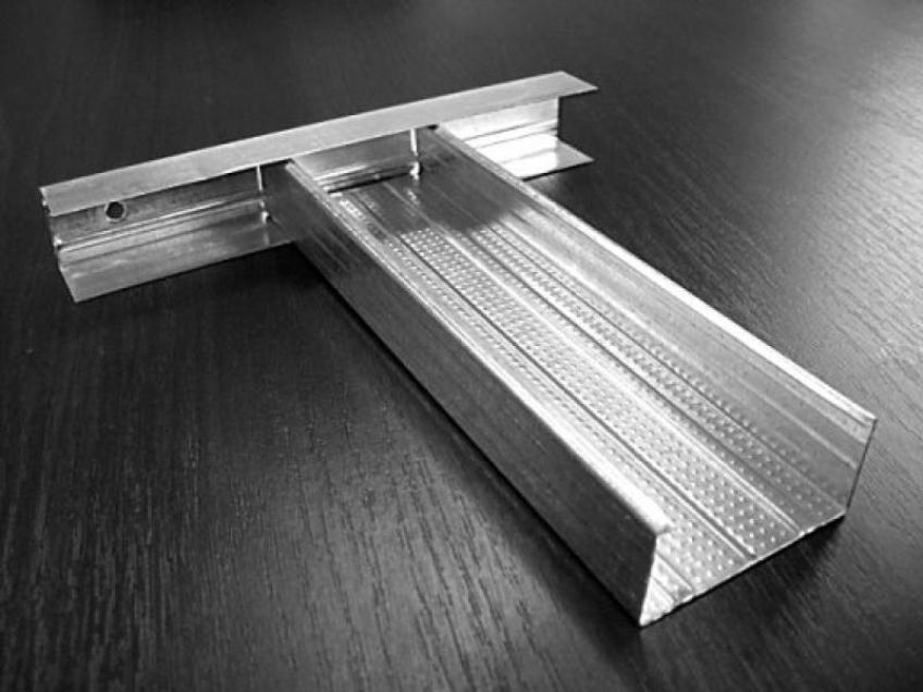 Металлический профиль для монтажа натяжного потолка