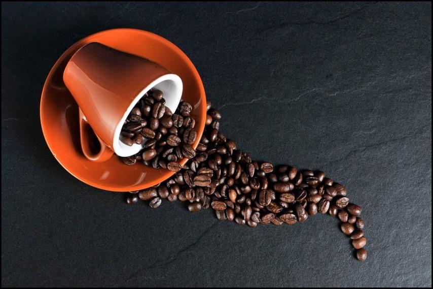 Как проводится чистка кофемашины