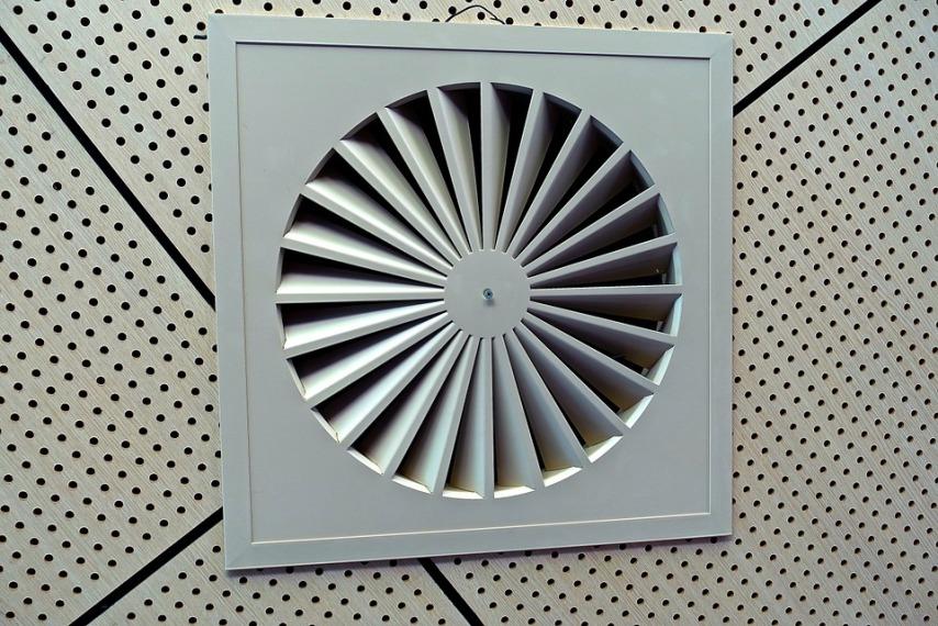 Эффективность принудительной вентиляции в деревянном доме