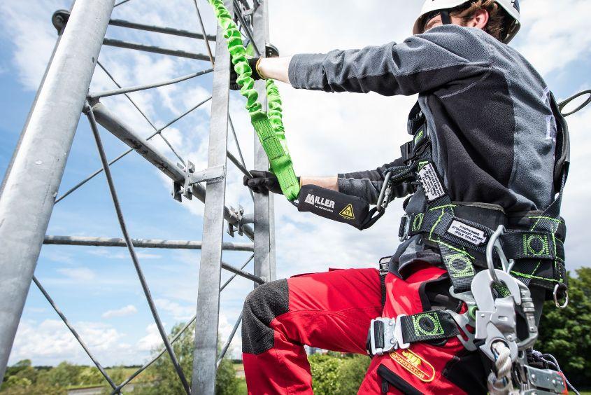 Техника безопасности при осуществлении работ на высоте