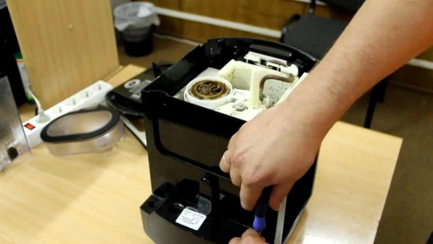 Последовательность действий при чистке кофемашины