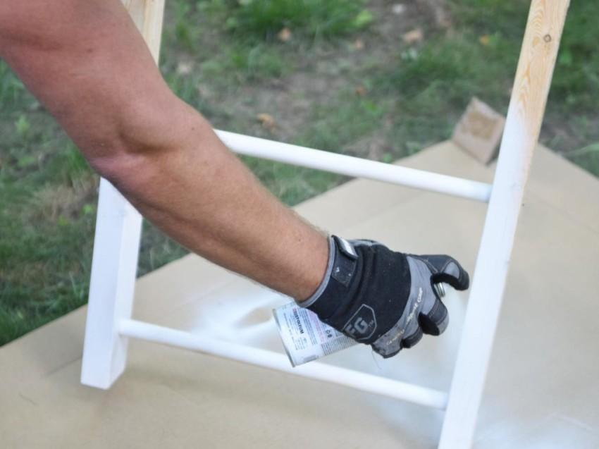 Правильная обработка деревянной лестницы для длительного сохранения ее качеств