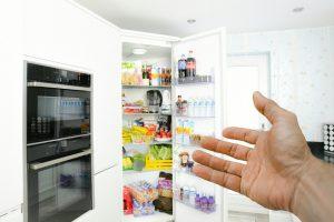 Учимся хранить продукты в холодильнике правильно