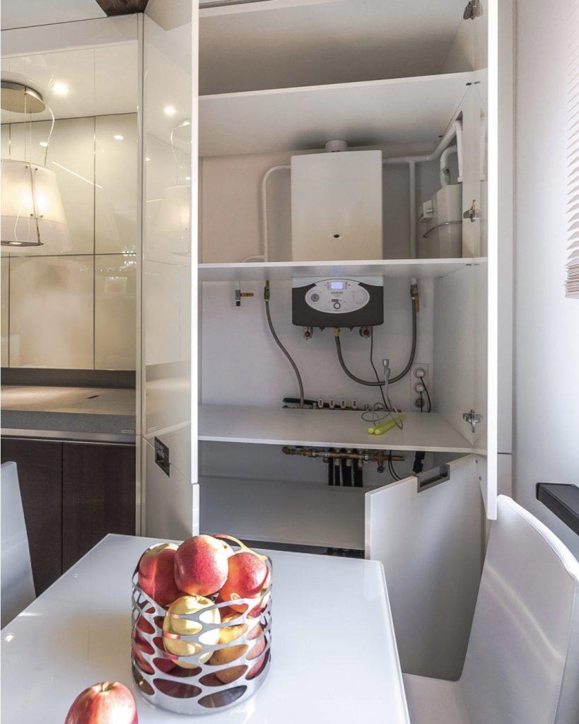 Куда спрятать газовую трубу на кухне в гарнитур