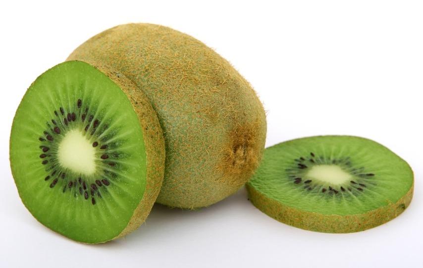 Толстая неповрежденная кожица - основной признак пригодности плода для получения семян