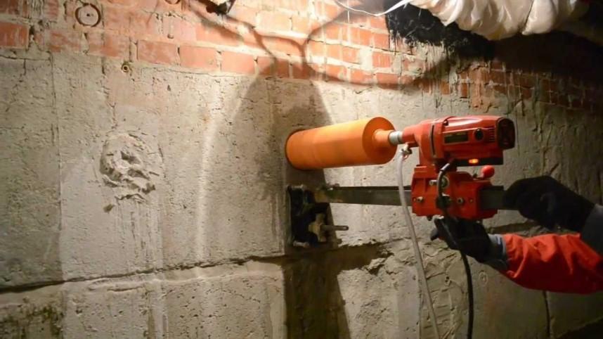 Сверление для прокладки водопровода