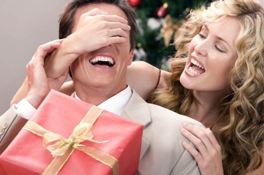 Подбираем инструменты в качестве новогоднего подарка
