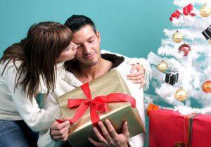 Что подарить мужчине в Новый год: правильно выбираем инструменты (советы женщинам и не только)
