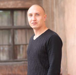 Максим Заворотный