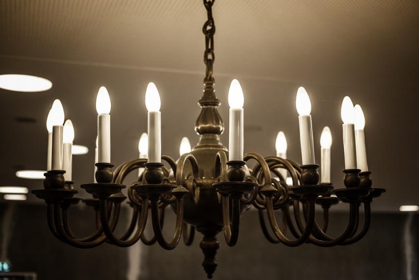 Использование металла в подвесных светильниках