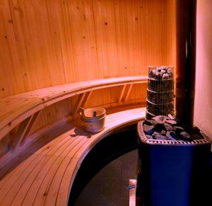 Как провести воду в баню
