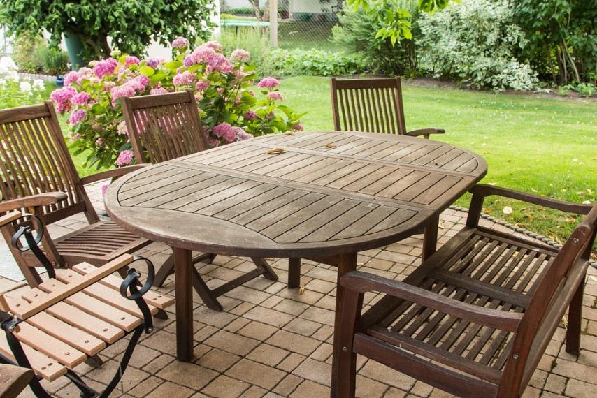 Разновидности и удобство садовой мебели