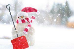 Поломалась пластиковая лопата для снега: что делать?