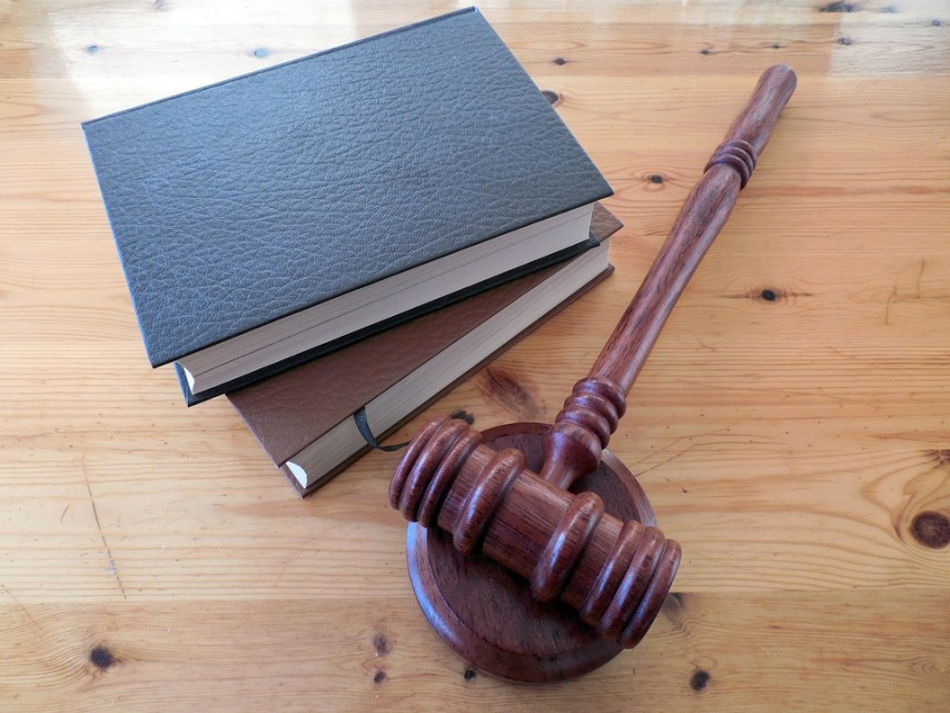Помощь при обращении в суд