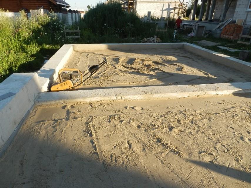 Утрамбовка песка