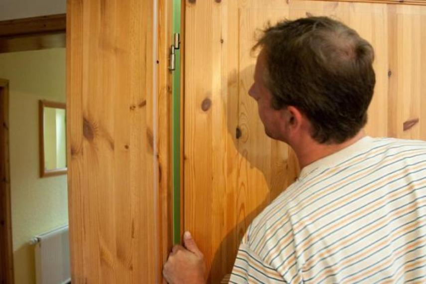 Что влияет на сохранность деревянной двери