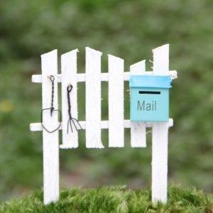 Почтовый ящик в частном доме: куда лучше повесить