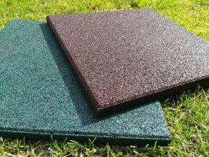 Резиновая плитка: технология производства, преимущества и недостатки