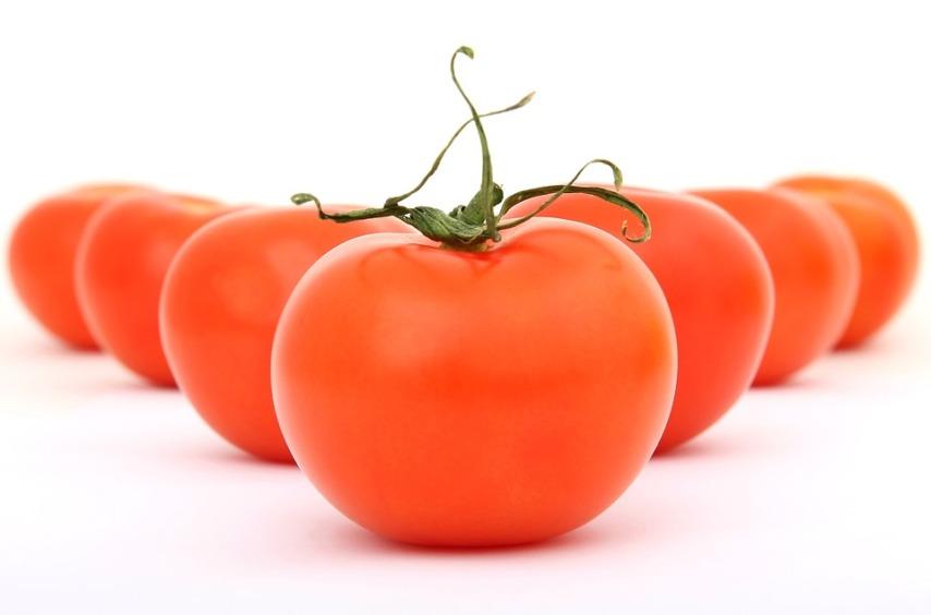 Результат - отличный урожай томатов!