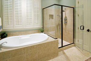 Душевая кабина или ванна: что лучше купить?