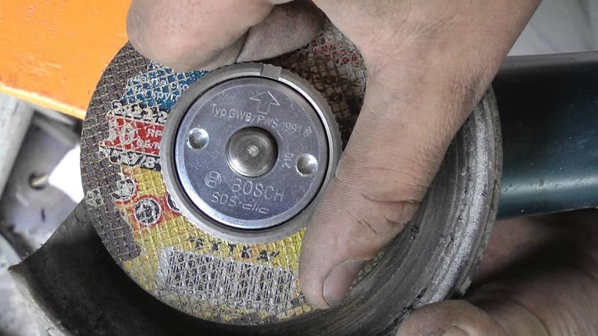 Специальная гайка на болгарку от фирмы Bosch