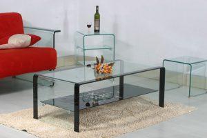 Стеклянная мебель: особенности, преимущества и недостатки