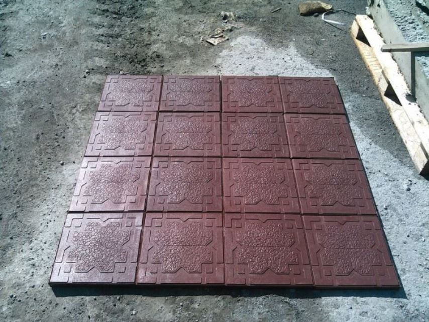 Укладка плитки на дорожки