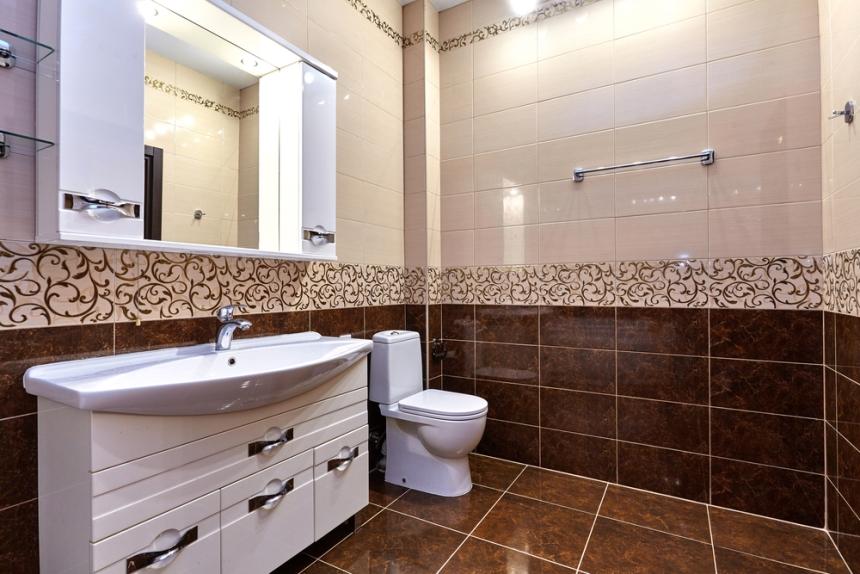Швы между плитками в ванной надо чистить