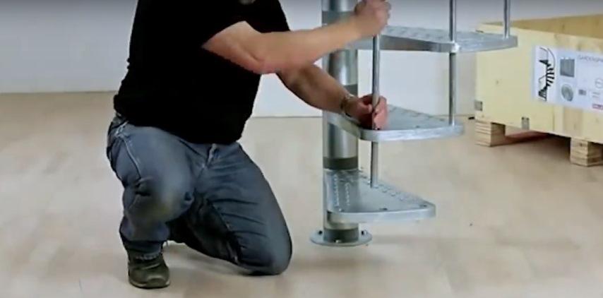 Строительные технологии: винтовая лестница