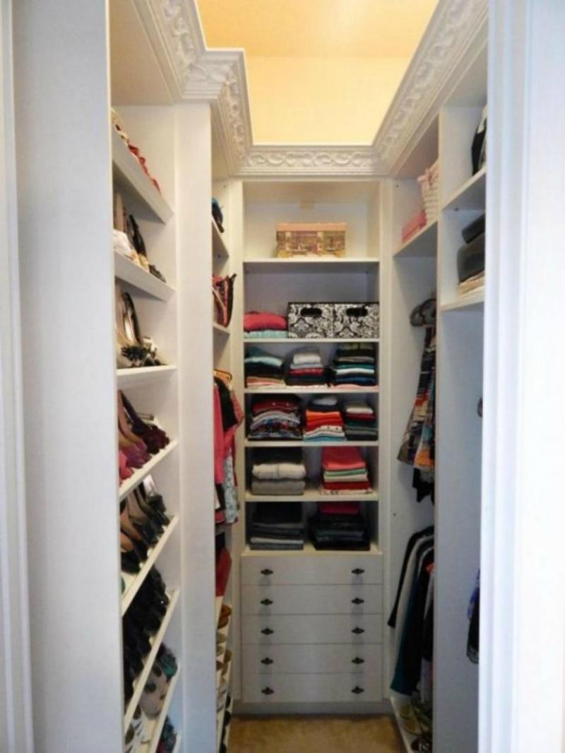 В гардеробной все по местам